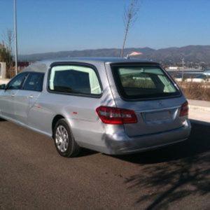 Corbillard-limousine-5places-mercedes-212-viol1-2