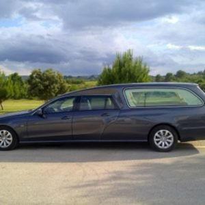 Corbillard-limousine-5places-mercedes-212-viol1-3
