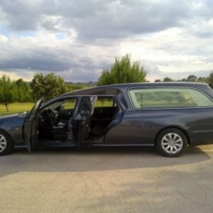 Corbillard-limousine-5places-mercedes-212-viol1-5