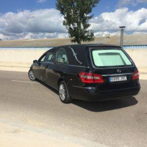 Corbillard-limousine-5places-mercedes-212-viol2-2