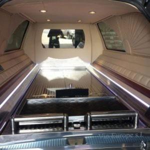 Corbillard-limousine-5places-mercedes-212-viol2-5