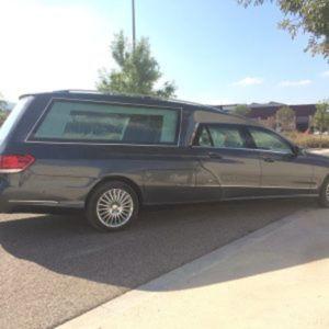 Corbillard-limousine-5places-mercedes-212-viol4-8