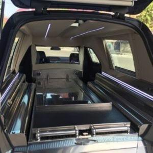 Corbillard-limousine-mercedes-212-vioa1-2