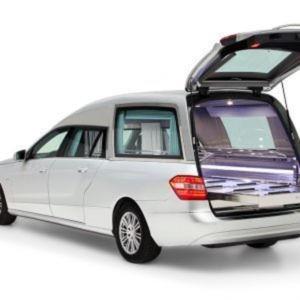 Corbillard-limousine-mercedes-212-vioh2-3.jpg5