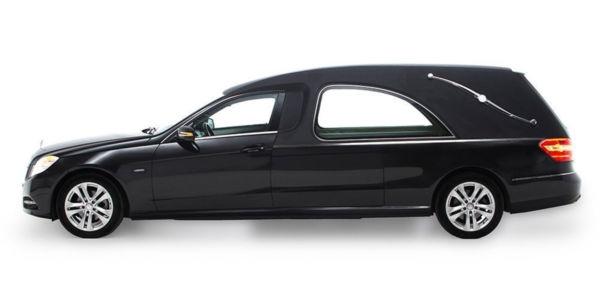 Corbillard-limousine-mercedes-212-viom1-3