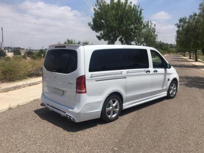 Corbillard-mercedes-benz-vito-limousine