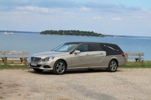 Corbillard limousine Mercedes
